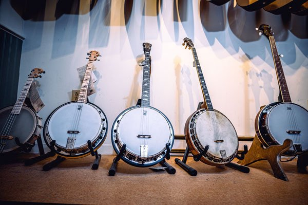 Banjos O'Brien's Music   St. John's NL